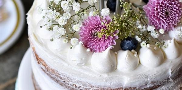 Un deuxième gâteau meringué